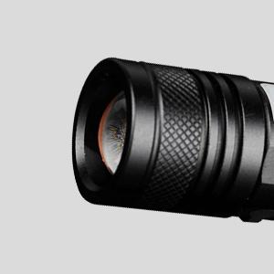 Pivoi 800 Lumens 10W LED Rechargeable Flashlight