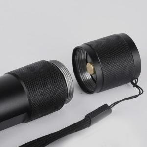 Pivoi 600 Lumens 10W LED Tactical Flashlight